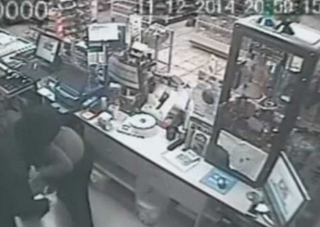 robbery convinience store